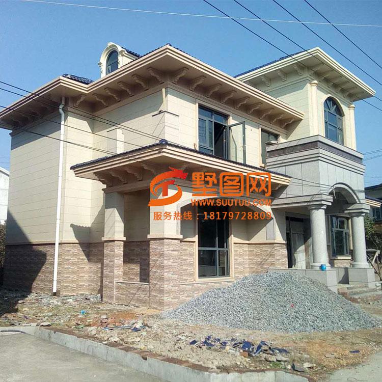 江苏客户回家建了套复式二层别墅,乡里人都说这农村别墅大气图片